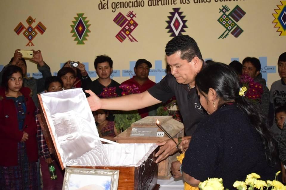 Dignifican a víctima de la represión militar en Chimaltenango