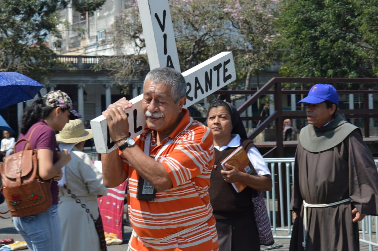 Viacrucis del Migrante, hace un llamado a la solidaridad