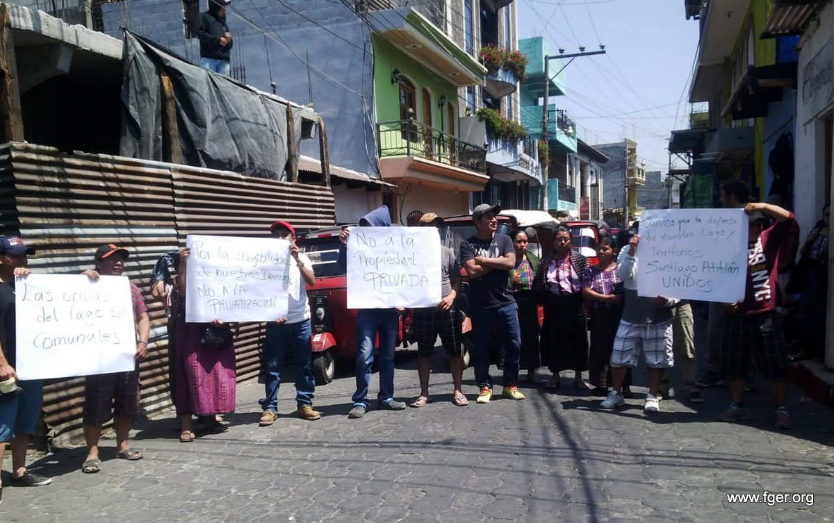 Muro genera inconformidad en Santiago Atitlán