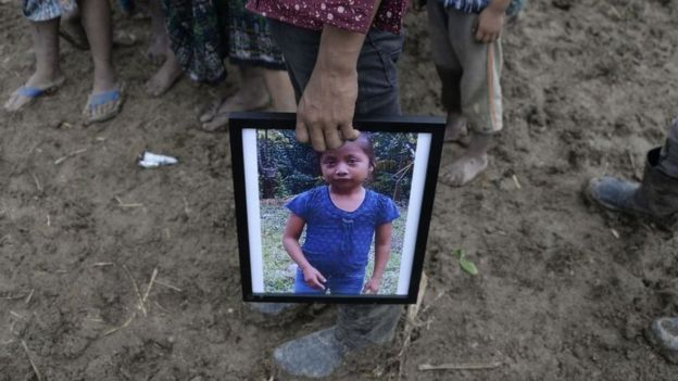 6 niñas, niños y adolescentes han muerto bajo detención migratoria en EU y México