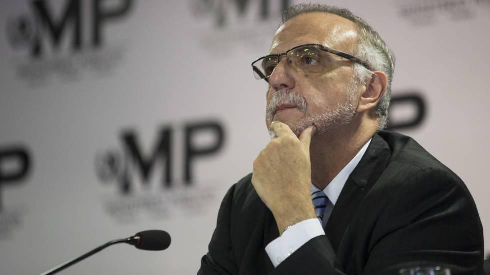 Pacto de Corruptos pretende liberar a acusados de Corrupción, advierte Iván Velásquez.
